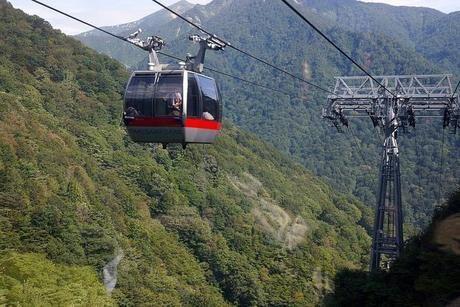 谷川岳のロープウェイ