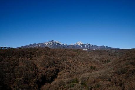 晴れた日の蓼科山
