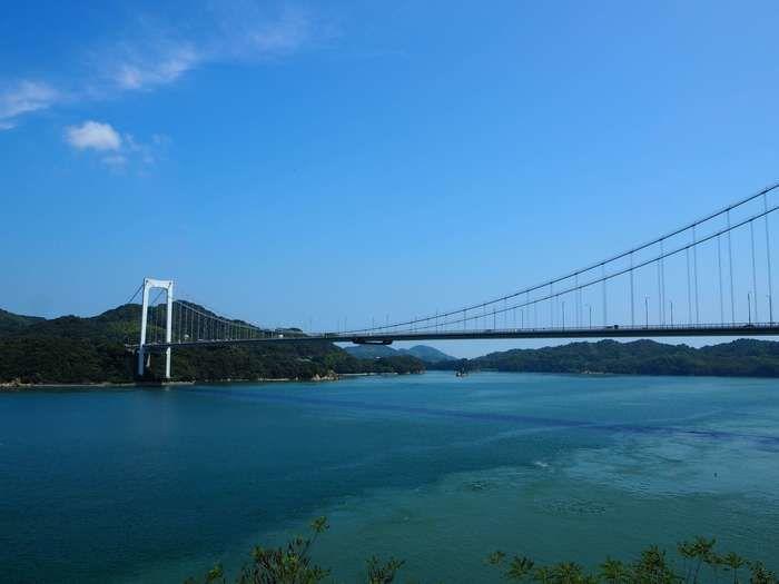 綺麗な海としまなみ海道の橋