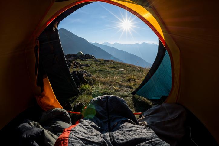 キャンプは睡眠が9割!?あなたにぴったりのシュラフを選ぼう
