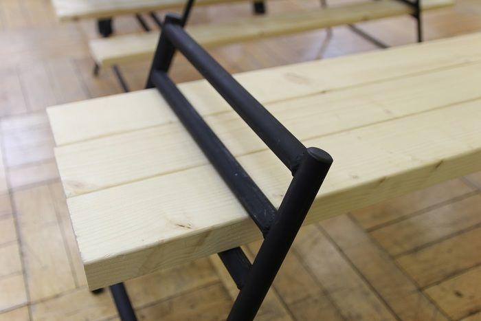 テキーラテーブルの天板のアップ