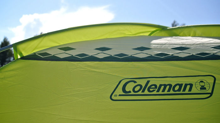 コールマンのテントのロゴ