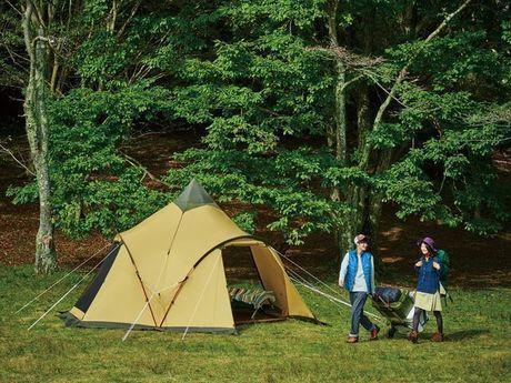 ogawaのテントと男女