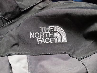 デザインで選ばない!登山に着ていきたいノースフェイスのレインウェア