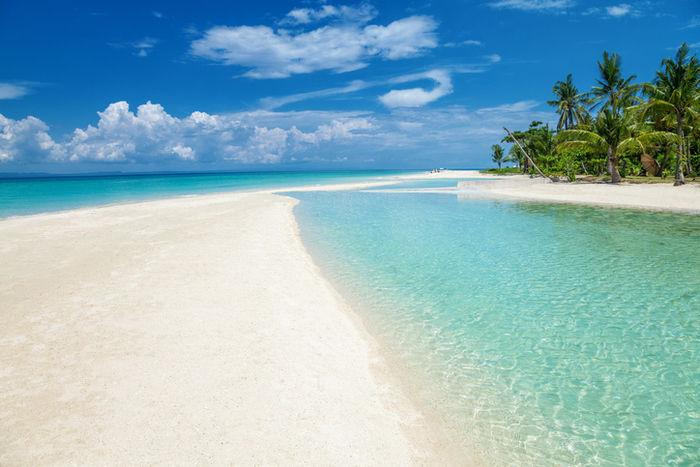 セブ島の青空と海