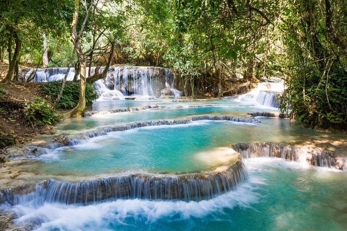 ルアンパバーンのクアンシーの滝