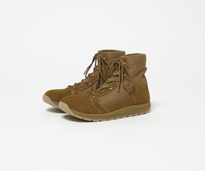 "hobo×DANNERのコラボブーツ、TACHYON 6"" Lightweight Boots by DANNER"