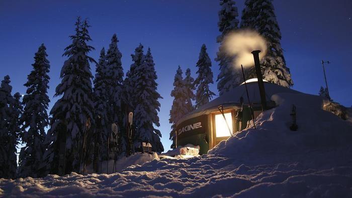 雪山の山小屋