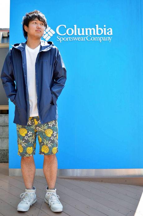 コロンビアのパンツ、カシュマンIIIパターンドショーツを履いた伊藤さん