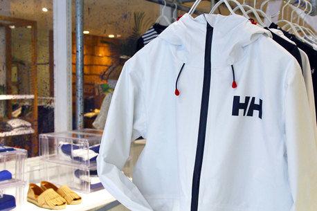 【hinataファッション研究所】140年の歴史を持つヘリーハンセンの最新アイテムが見逃せない!