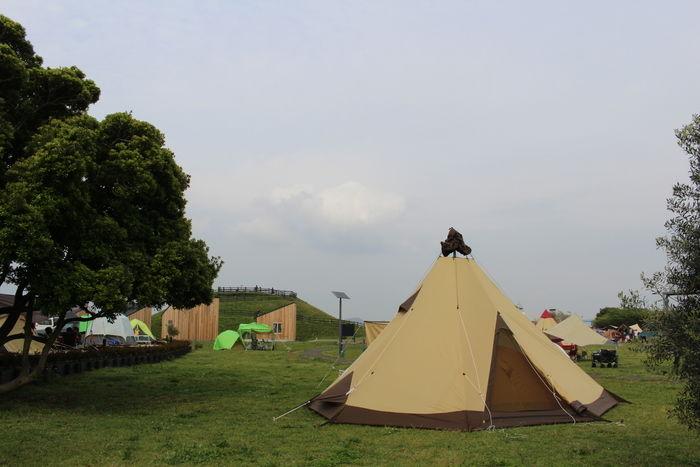 ソレイユの丘にテントを張った様子