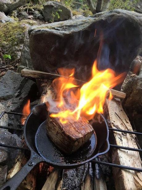 TAKIBIYAの焚き火用ロストル