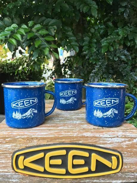 KEENのホーロー製のマグカップ