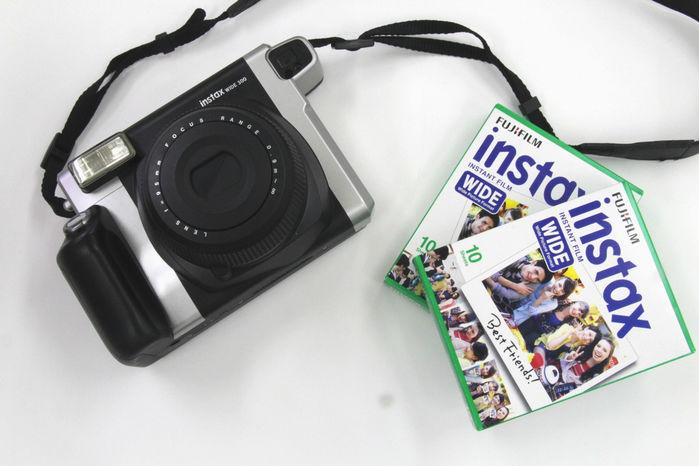 カメラとチェキWIDE