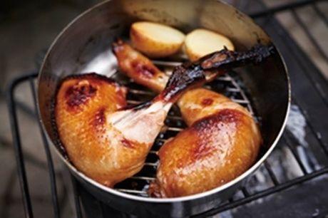 ダッチ・イン・ダッチオーブンに入ったお肉