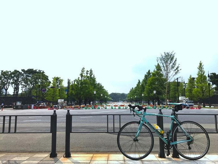 ゴール地点と自転車