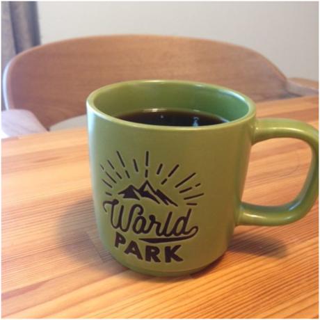 コーヒーの入ったコップ