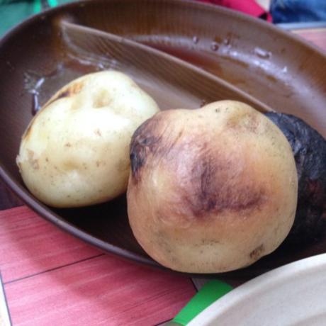 蒸されたジャガイモ