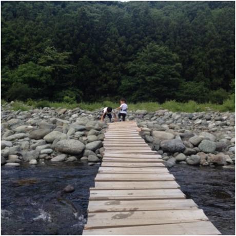 道志川にあった木の橋