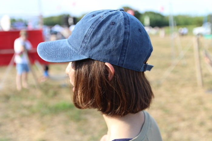 デニムの帽子