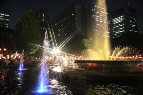 日比谷公園丸の内音頭大盆踊り大会の様子