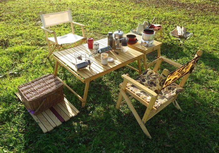 シエルブルーのウッドローテーブルを使用したサイト