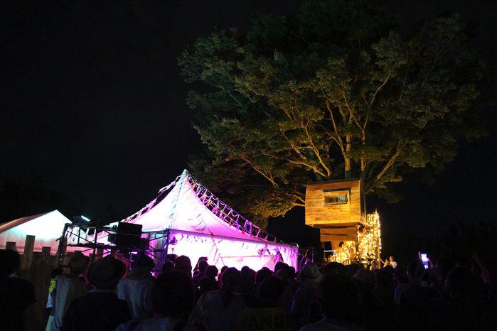 夜のピーナッツキャンプ