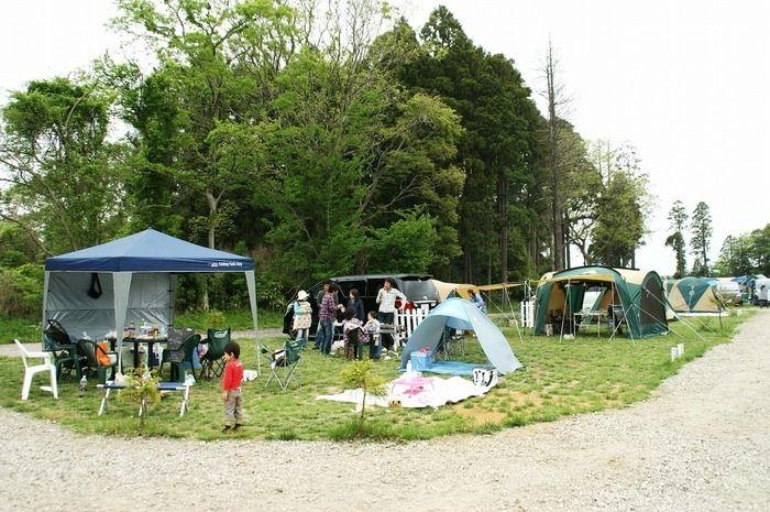 オートキャンプユニオンでキャンプをしている人たち
