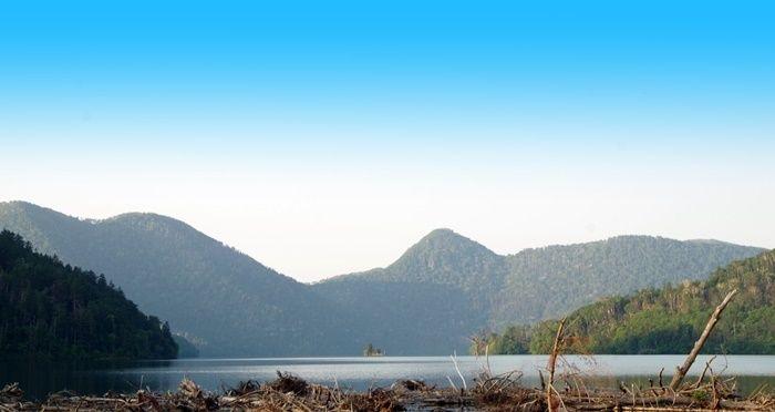 然別湖北岸国設野営場から見える景色