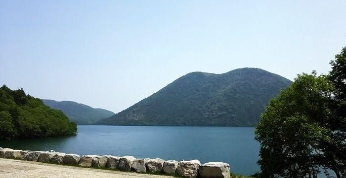 然別湖の様子