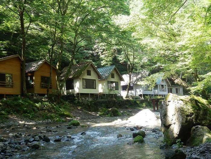 大鳩園キャンプ場と川
