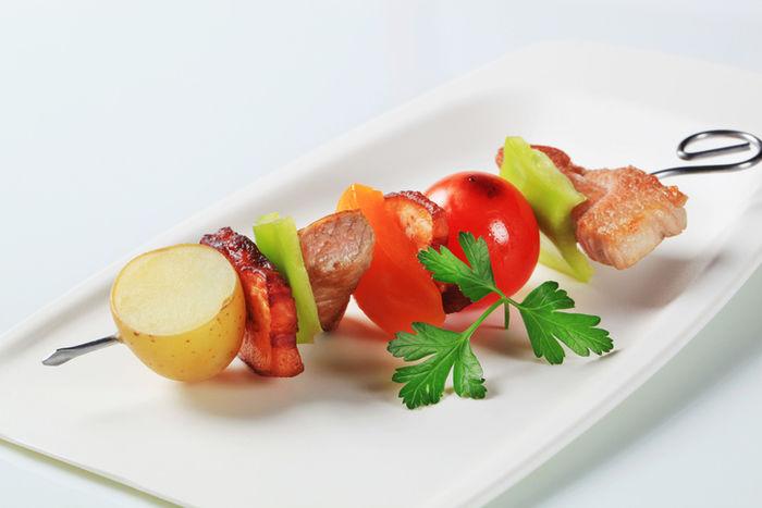 野菜と豚の串焼き