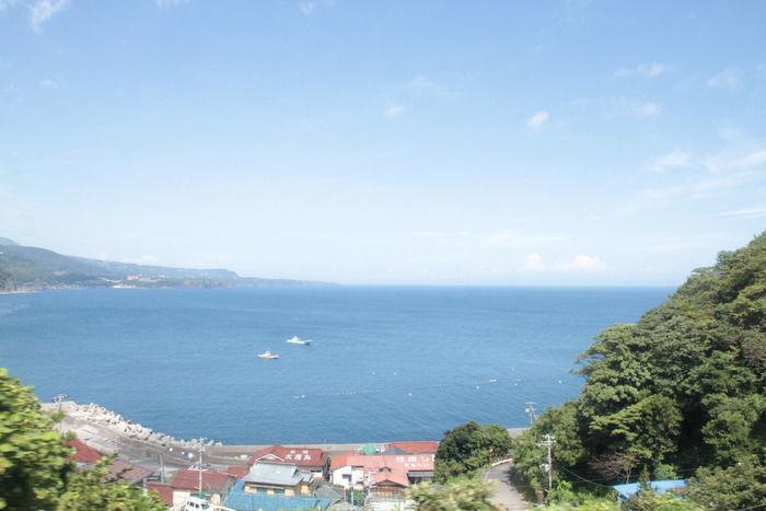 ヴィラ弓ヶ浜から見える広大な海の景色