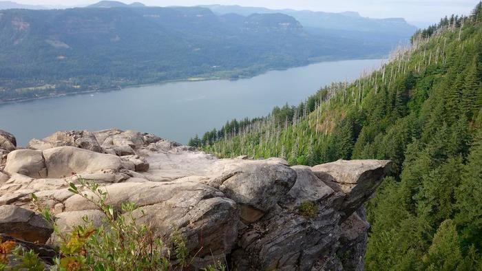 270度広がるコロンビア渓谷の眺望