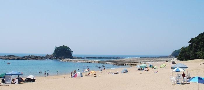 志摩オートキャンプ場付近のプライベートビーチ