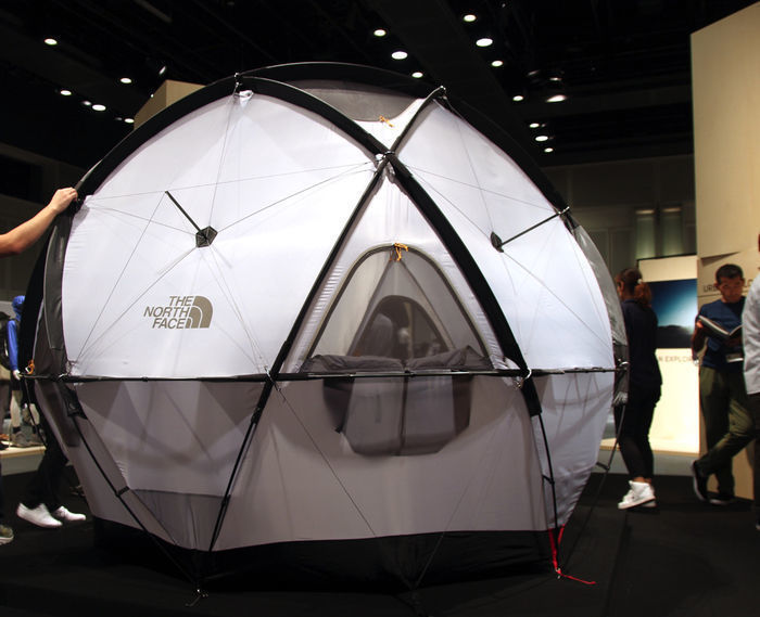 ノースフェイスの新作テント