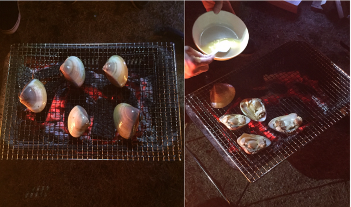 潮干狩りで採れた貝を焼いている様子