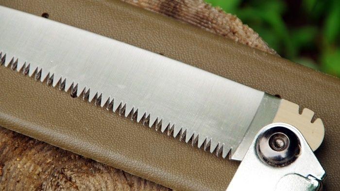 フォールディングソーの刃の部分