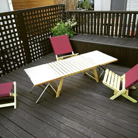 自作のテーブルとチェア