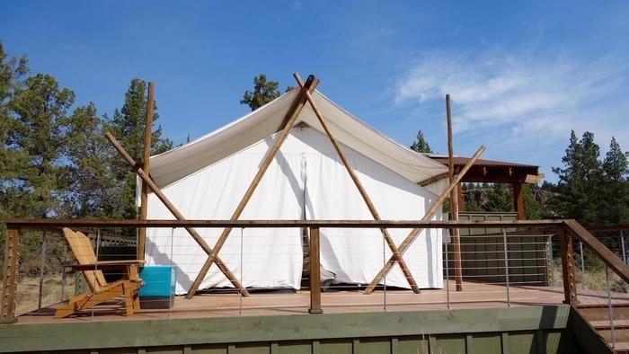 オレゴンのグランピングのテントの様子