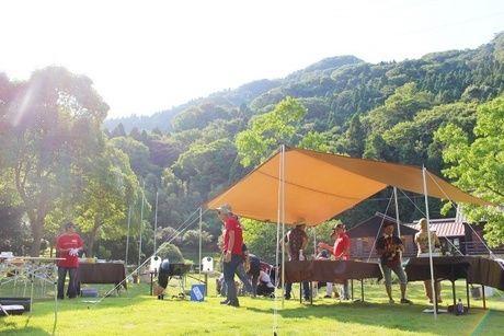 青葉山ハーバルビレッジでのキャンプの様子