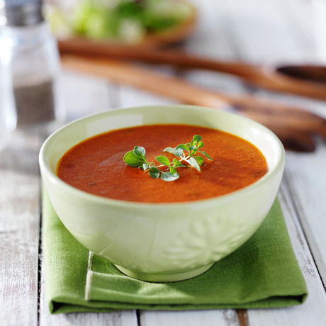 ひと味違うピリッとしたトマトスープ