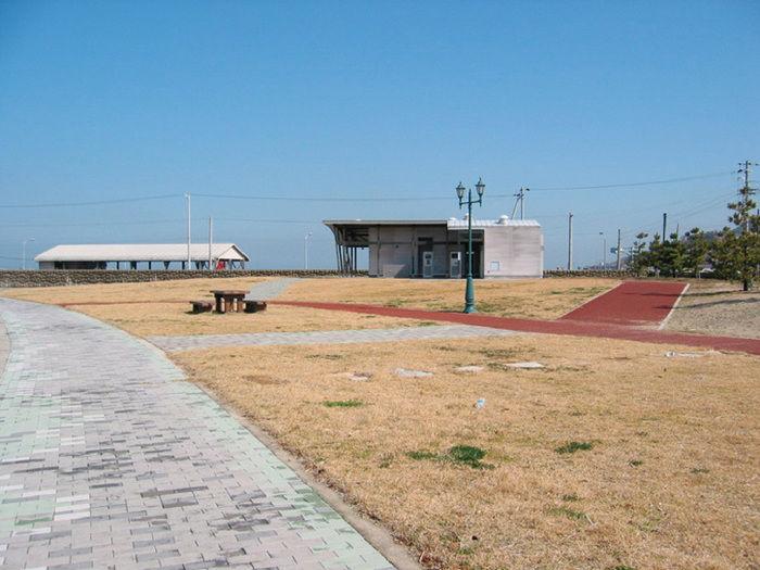 尾崎キャンプ場の海水浴場