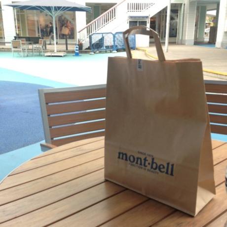 モンベルの紙袋