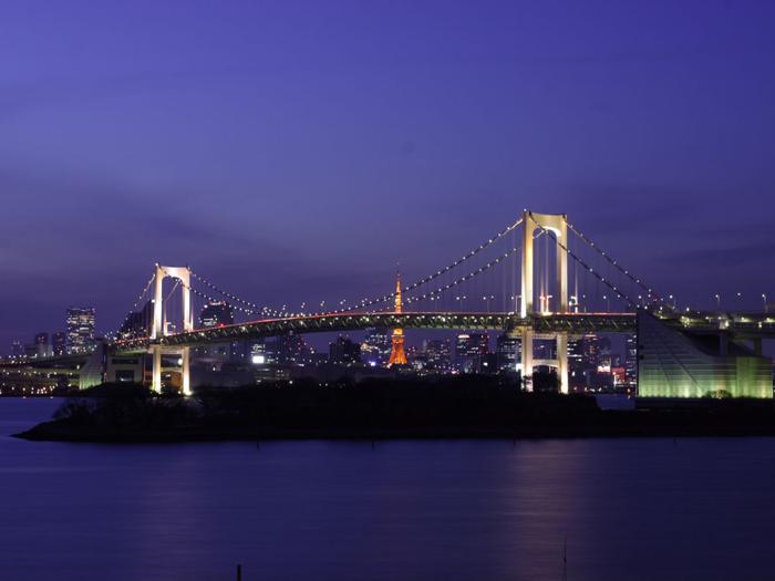 TOKYO BBQ アクアシティお台場店から見えるレインボーブリッジの夜景