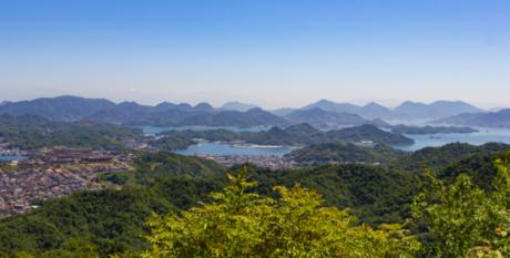 広島県立びんご運動公園 山の上からの風景
