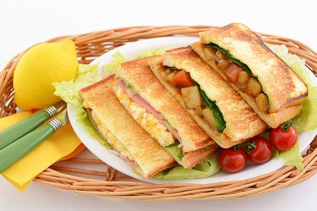 可能性は無限大!ホットサンドクッカーで作る簡単変わり種料理7選