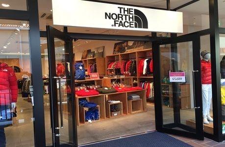 THE NORTH FACE 三井アウトレットパーク多摩南大沢店の外観