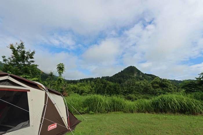 無印良品津南キャンプ場の裏にある山伏山