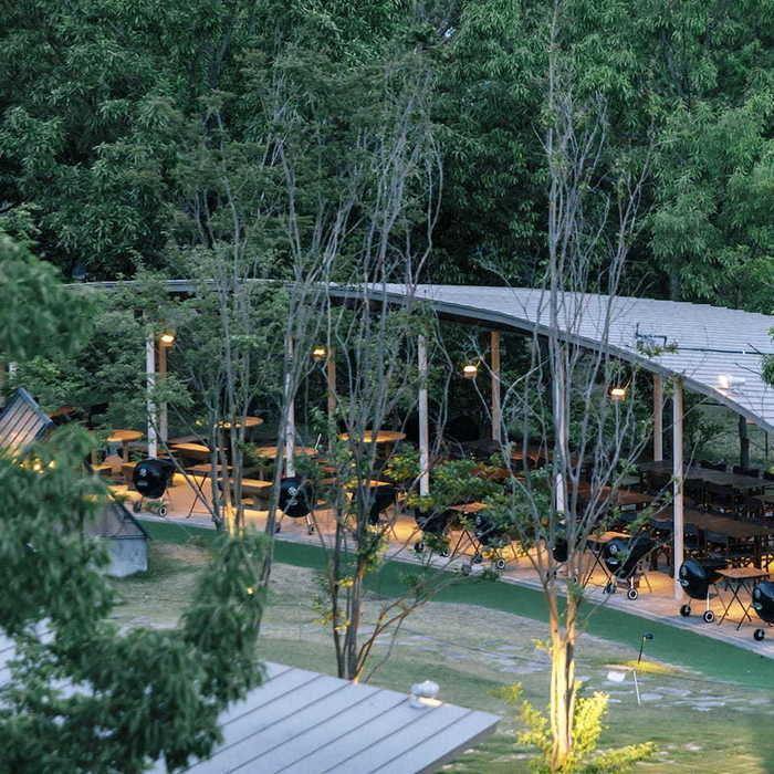 森とリルのBBQフィールド